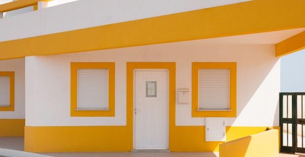 vivre dans une p niche plaisir ou gal re. Black Bedroom Furniture Sets. Home Design Ideas