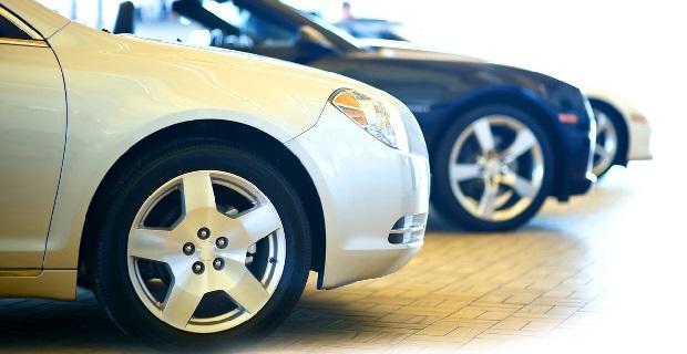 32 500 voitures neuves au prix de l occasion d couvrir en concession en septembre. Black Bedroom Furniture Sets. Home Design Ideas