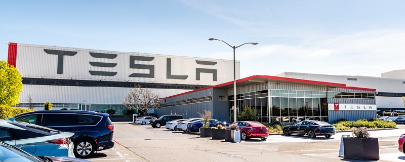 Usine Tesla en californie.