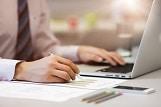 Vérification de la demande d'emprunt de l'emprunteur et de l'emprunteur